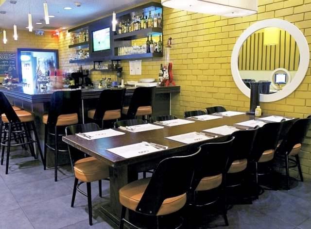 הסניף הכשר היחיד ברשת ארצית בת 24 סניפים. מסעדת BBB בקריית גת|צילום: אסף פינקוס