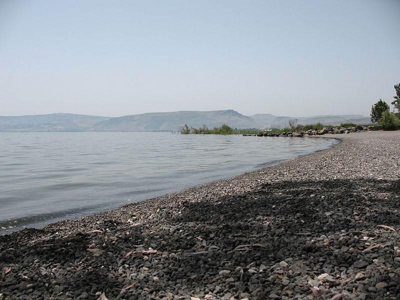איגוד ערים כינרת מסר היום (ג') כי בכוונתו להכשיר חופים נוספים לחופי 'הדגל הכחול' בעתיד. שביל סובב כינרת | צילום ארכיון: מתוך וויקיפדיה