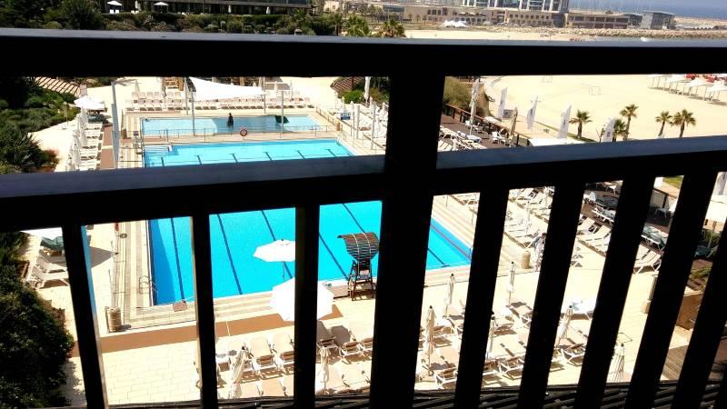 מלון דן אכדיה מראה מחלון החדר | צילום: נעמי גולן